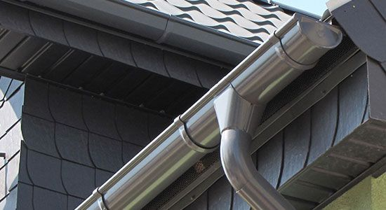 Vinyl vs. Steel Gutters, which is the best for your House?